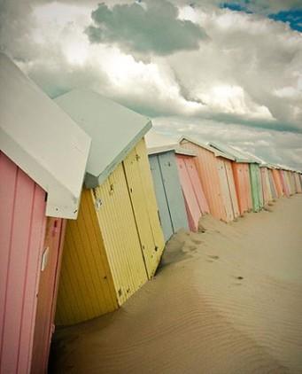 Homemyhome décoration intérieure Inspiration déco, une palette pastel pour des cabanes de plage