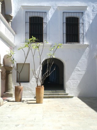 Homemyhomee, inspiration ieur décoration intér: une maison blanche à patio à Oaxaca Mexique